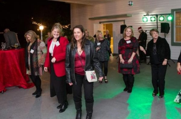 2015 Holiday Stroll Presented By The MacKinnon Family Foundation